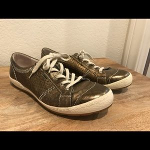 Josef Seibel Metallic Sneakers